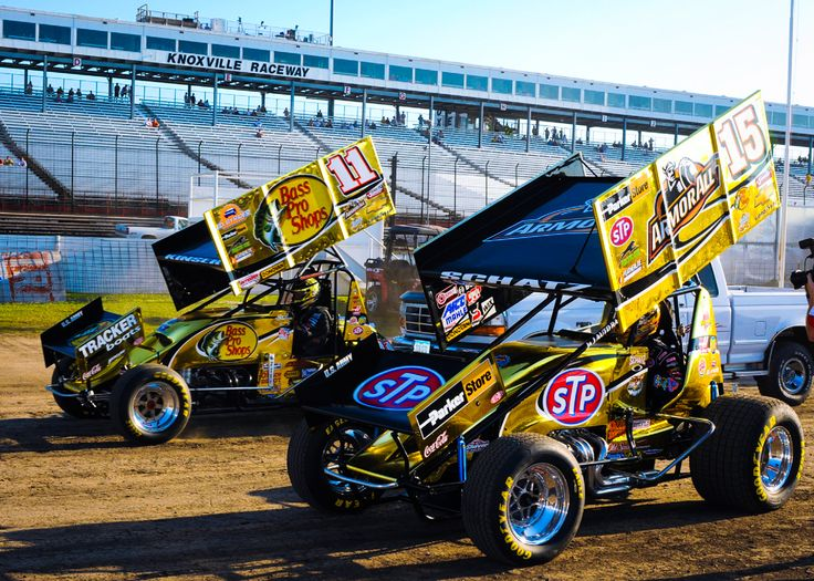 Tony Stewart Racing V8 Gold Sprint Cars at Knoxville Raceway, 2010.    nssn.devd…