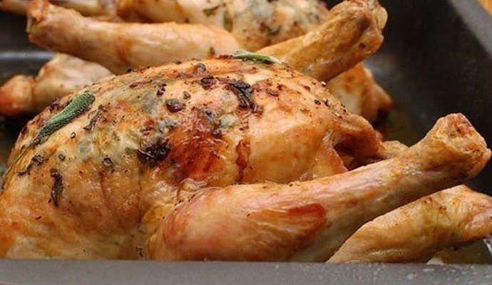 Как запечь цыпленка в духовке целиком?