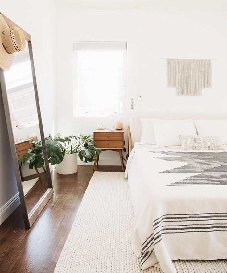 Such a gorgeous bedroom I love the