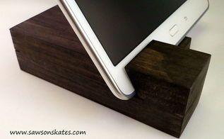 fácil pedaços de madeira titular diy tablet, ofícios, diy, decoração de casa, projetos de carpintaria