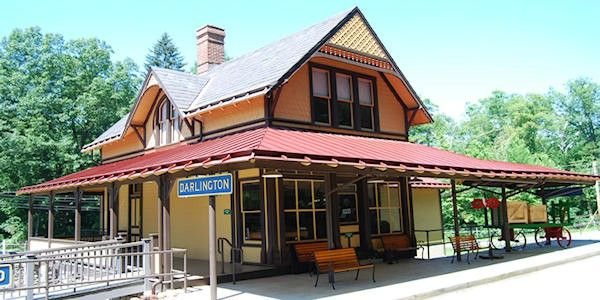 Ligonier Valley Railroad Assoc Ligonier Pa House Styles Outdoor Decor Ligonier