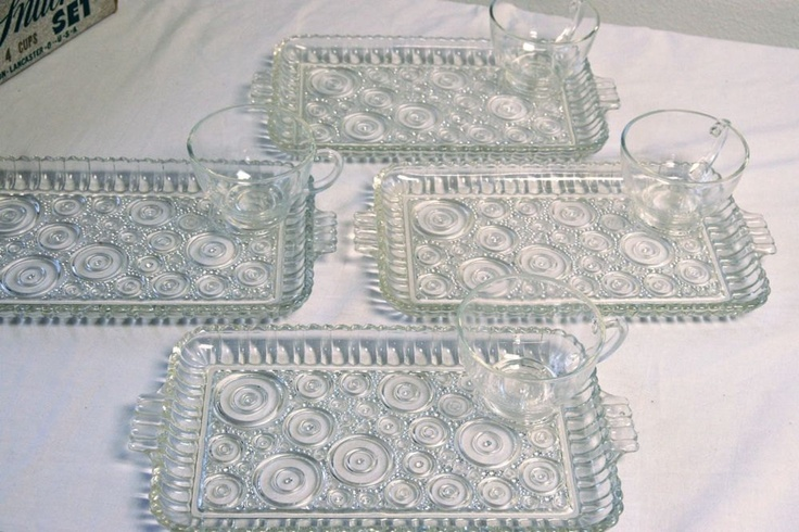 Vintage Anchor Hocking Arlington Clear Class Luncheon Plates - Serva Snack Snacking Plates u0026 Cups Colonial Ladies - SET of FOUR : luncheon plates with cup holder - pezcame.com