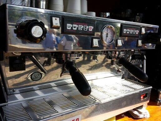 La marzocco espressomachine proper barista tool!