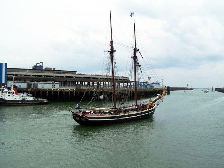 Bateau le port de Boulogne sur mer