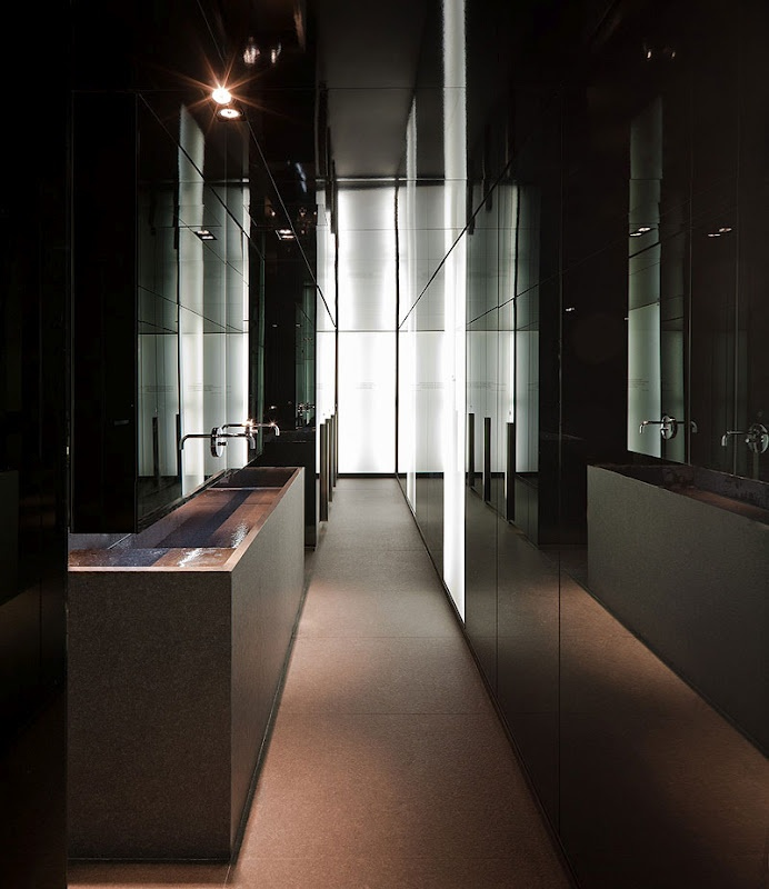 Hotel Sana in Berlin by Spanish architect Francesc Rifé (photo Fernando Alda) _