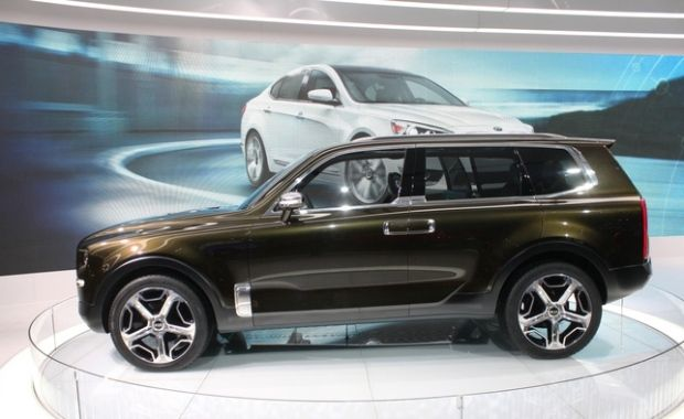A car that measures occupants' health vitals and uses light therapy?  --> http://ow.ly/X4Ct6 #KiaTelluride #concept #auto #news #PremierKia
