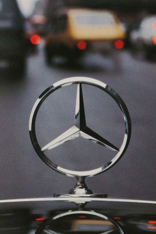 135 best daimler deimler images on pinterest daimler for Mercedes benz sign in