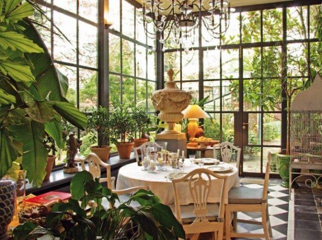 les 25 meilleures images du tableau jardins d 39 hiver sur pinterest veranda jardin hiver et. Black Bedroom Furniture Sets. Home Design Ideas