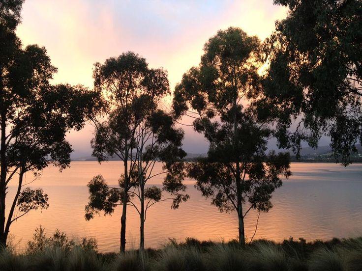 Villa Howden   Sunrise over the North West Bay, Tasmania