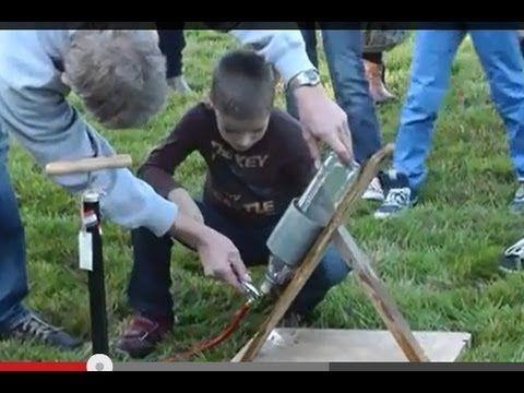 PET fles schieten / water raket lanceren ( model rocket maken / bouwen ). - YouTube