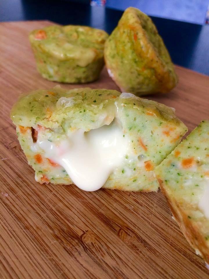 flan moelleux au brocoli, carottes et coeur de fromage coulant - Dès 12 mois - Les premiers repas de bébé éveillent ses papilles. De la diversification aux repas dignes des plus grands pirates, nous partageons ici nos recettes.