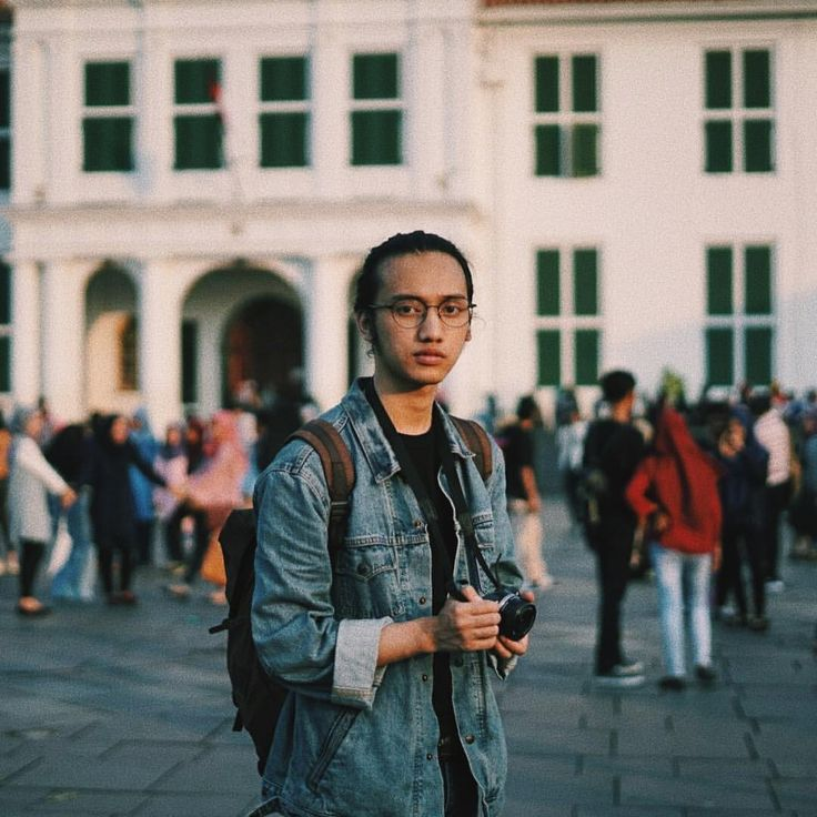 """15.5 k gilla-markeringar, 247 kommentarer - M. Ilyas Ibadurrahman (@ilyasmhmmd) på Instagram: """"Rebellion is when you look society in the face and say: """"I understand who you want me to be but,…"""""""