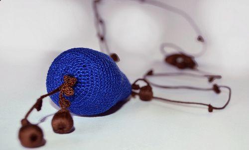 pratinArt: Blue Pear