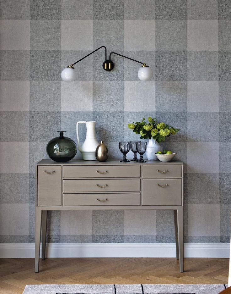 1000 ideas about hanging wallpaper on pinterest how to hang wallpaper how to wallpaper and. Black Bedroom Furniture Sets. Home Design Ideas