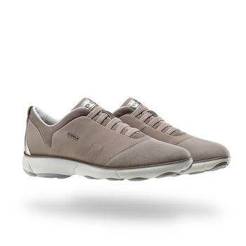 Shop Nebula Woman women's trainers in beige. Wide selection and Free returns at Geox.com.