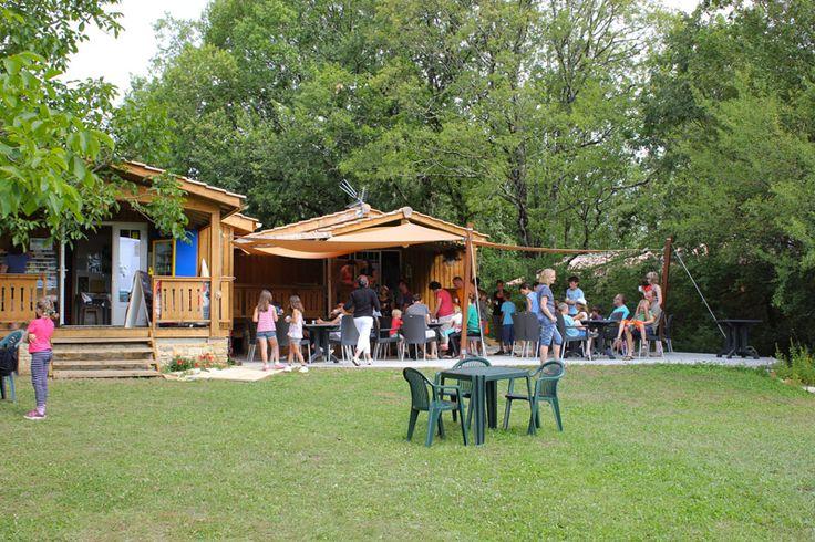 Camping Les Pastourels Mooie camping nabij Sarlat ruime plaatsen en zwembad