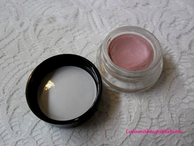 Review: My date´s my brother  CREASELESS CREAM