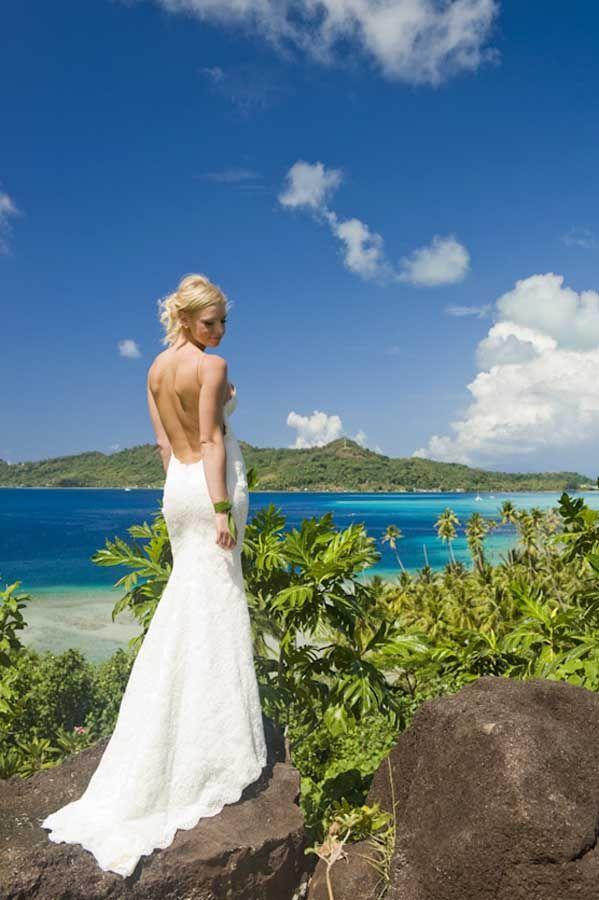 Real Wedding | Hilton Resort Bora Bora | Tahiti Wedding Photographer Helene Havard