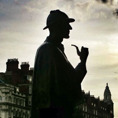 Sherlock Holmes. Bronze statue on Baker Street. London