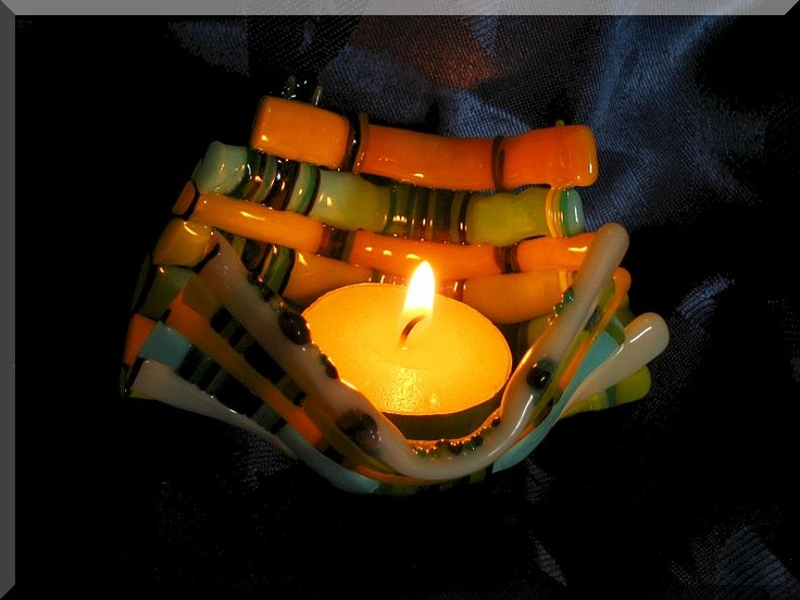 new model in woven 90 Coe Bullseye art-glass in opal colors and it have more strips.  Little cute candle-holder.