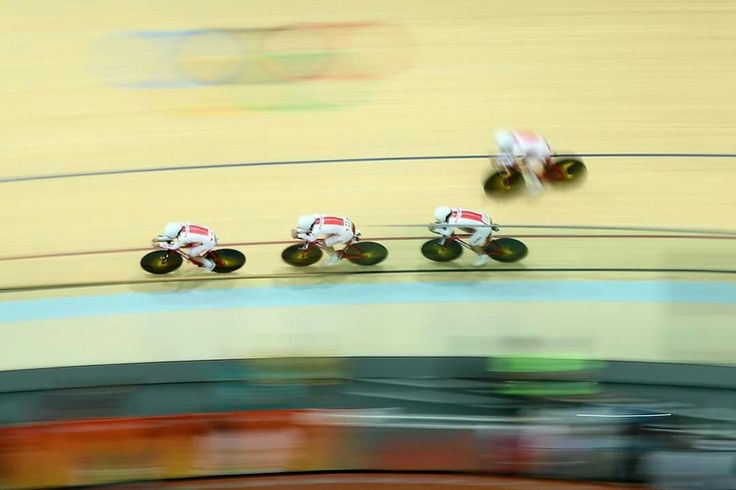 RIO DE JANEIRO, BRAZIL - AUGUST 13: Team Poland sets a new world record in the Women's Team Pursuit on Day 8 of the Rio 2016 Olympic Games at the Rio Olympic Velodrome on August 13, 2016 in Rio de Janeiro, Brazil. (Photo by Lars Baron/Getty Images)