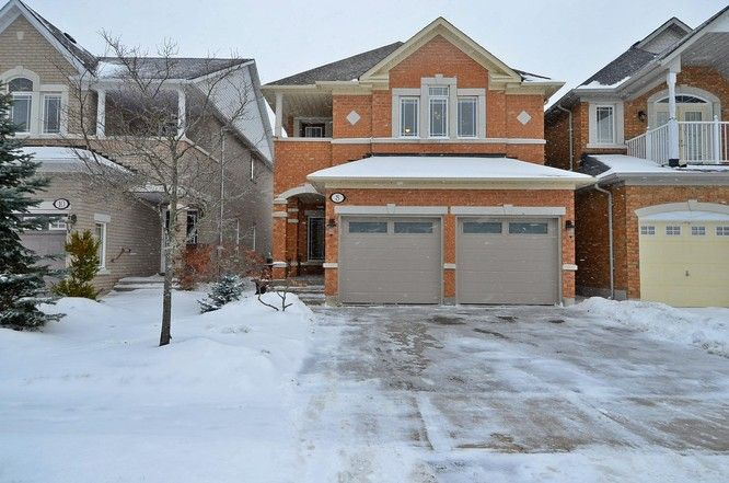 8 Bel Canto Crescent, Richmond Hill, Ontario