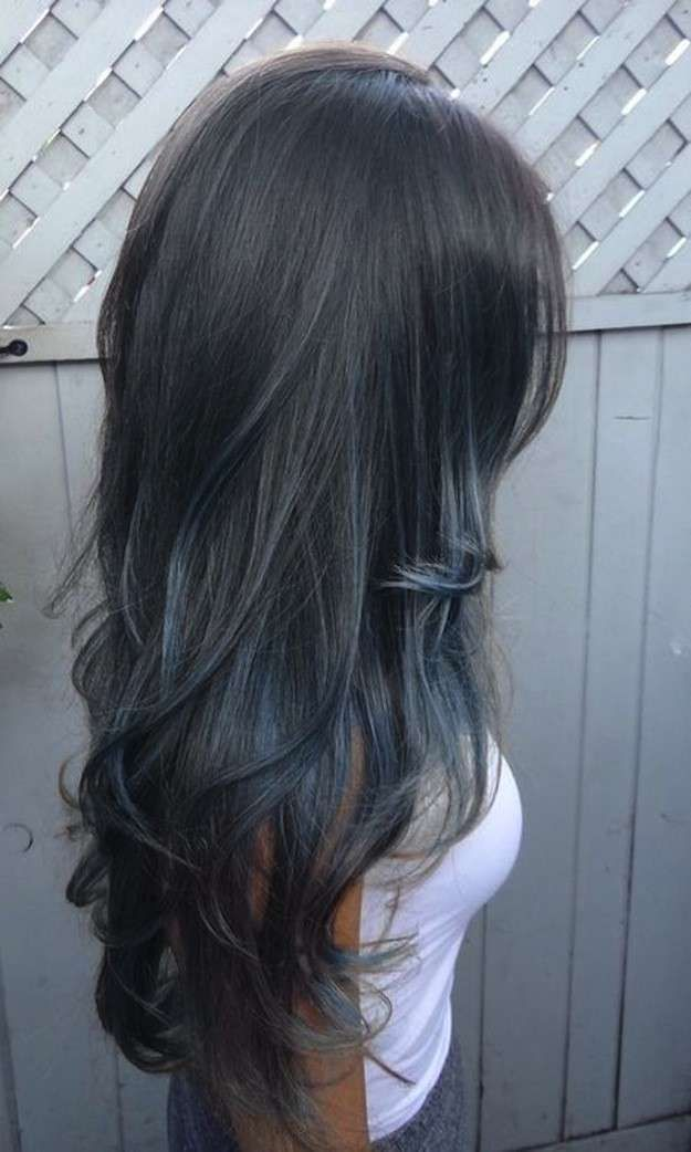 Tendencia pelo gris: fotos de los looks - Pelo largo gris