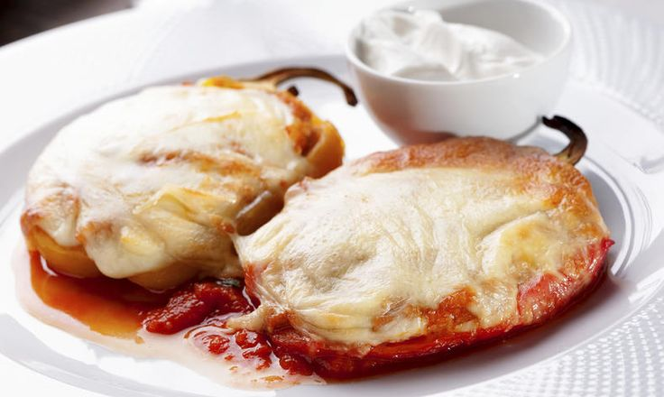 Papriky s rajčaty zapečené se sýrem s nízkým obsahem latózy