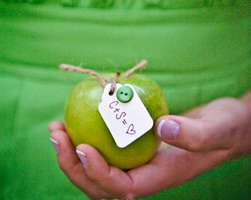 A Modern Green Apple Wedding - Wedding Obsessions | The Knot