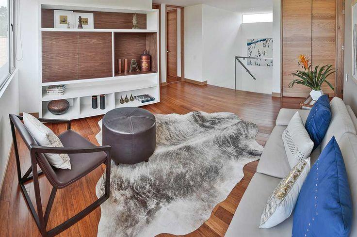 Encuentra apartamentos y casas en venta en Medellín. La mejor oferta en propiedades e inmuebles con descuentos exclusivos. Comprar propiedades nunca fue tan fácil como con View Inmobiliario.