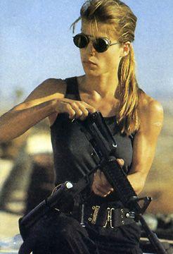 Linda Hamilton, about to kick some Terminator ass!!