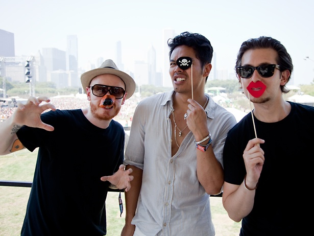 Temper Trap posing after their interview with VH1 News! #woof #argh #smooch