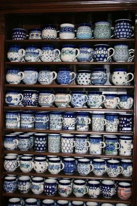 Juanetta, wouldn't this be a great collection of coffee cups for the church?   :-)          Bunzlau castle