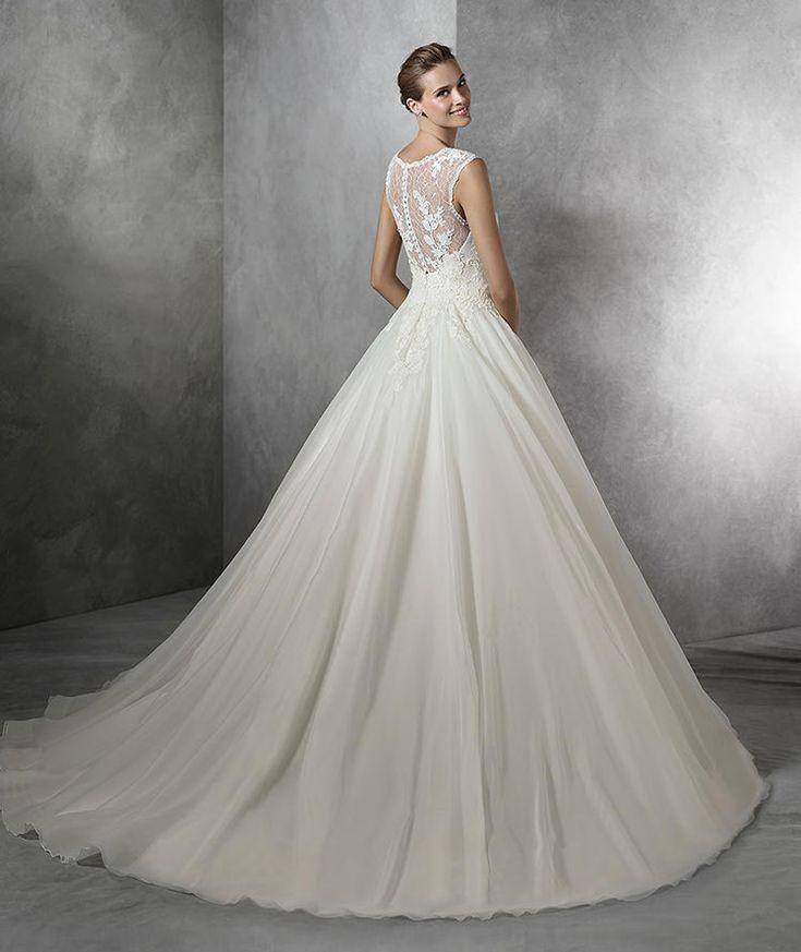 TORLA - Vestido de noiva com pedraria e decote em coração