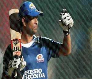 Does Sachin Tendulkar even need Bharat Ratna 'favour' from Indian Govt?  latest sports news and Cricket Updates online daily on http://daily.bhaskar.com in english./sports/