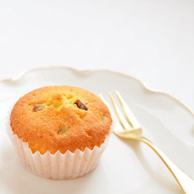 クランベリー おやつ お菓子 バターケーキ ホワイトチョコレート ホワイトキュラソー - Instagram(インスタグラム)の画像・動画