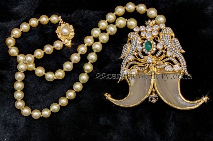 Pearls Chain with Tiger Claw Locket - Jewellery Designs