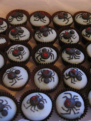 spider cupcakes cupcakes halloween spider halloween pictures halloween images halloween ideas spider cupcakes