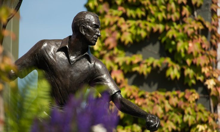 Private chauffeur tour to the iconic Wimbledon Lawn Tennis Museum