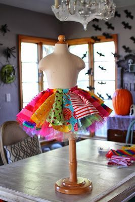 "Crafting & Coffee Makes this Momma Happy: How to make ""Scrappy TuTu Clown"" costume Good."