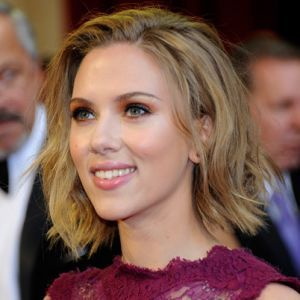 Scarlett Johansson - Film Actress - Biography.com