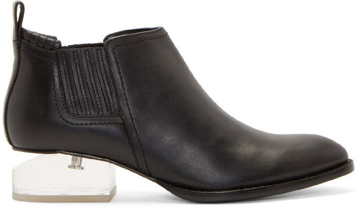 les 394 meilleures images du tableau chaussures sur pinterest chaussure bottes et chaussures. Black Bedroom Furniture Sets. Home Design Ideas