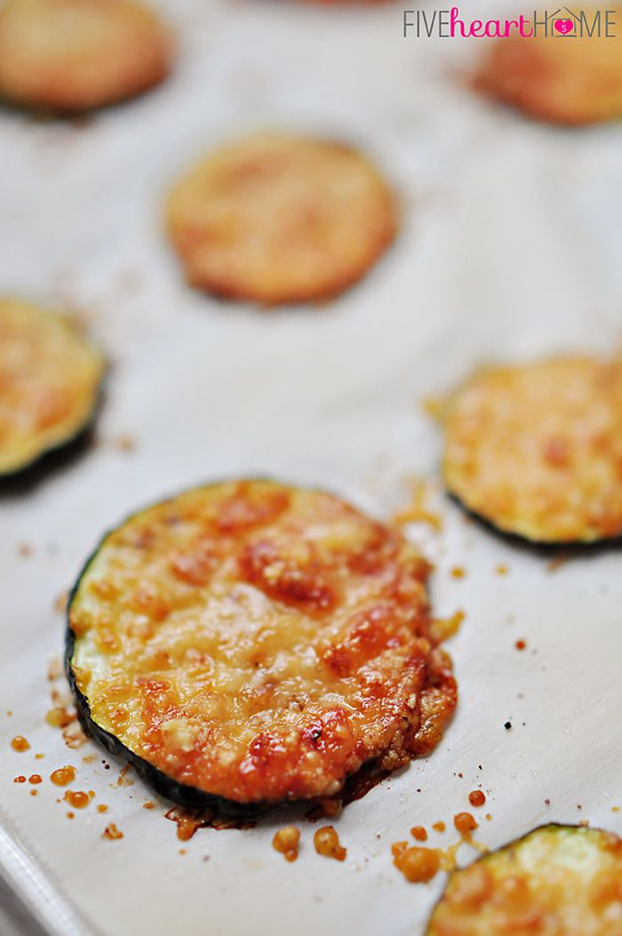 Baked Parmesan Zucchini Rounds ~ you're just 2 ingredients away from a quick and easy, delicious summer side dish!   FiveHeartHome.com