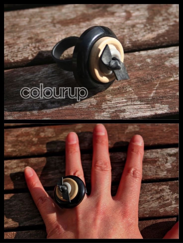 Knoop-ringen €3,25 Gemaakt van #recycle #fietsband en #knopen #buy #online @bekenkleur #handgemaakt #handmade #black #zwart #brown #bruin #grijs #grey #inner #tire #hip #fashion #fun #buttons