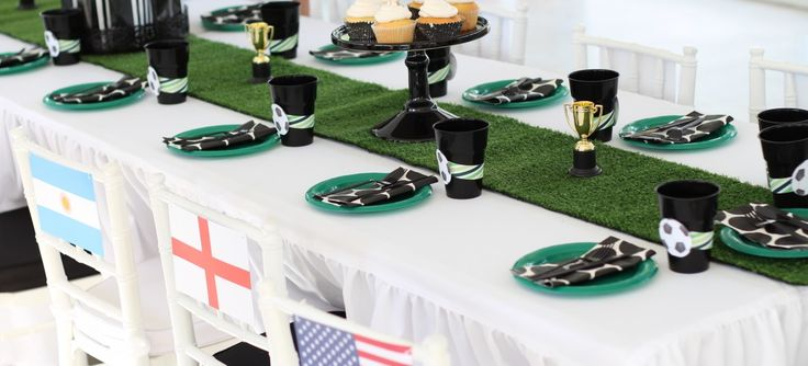 Soccer World Cup Kids Table