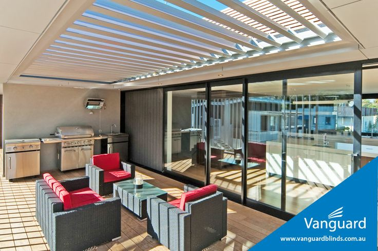 260 Translucent opening roof - Designed by LouvreTec