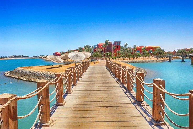 Sheraton Miramar Resort El Gouna, Hurghada (Ägypten) Das Sheraton Miramar Resort ist ein weitläufiges, komfortables Urlaubsresort der besonderen Art, auf 9 Inseln, umgeben von Lagunen und eigenem Hotelstrand.