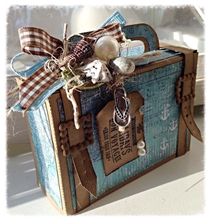 470.713.011 Dutch Doobadoo Card Art suitcase