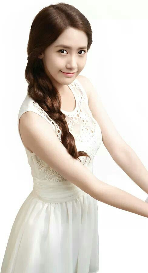 Yoona snsd she looks so innocent & lovely In white ♥ ( yoona for freshlook cf )