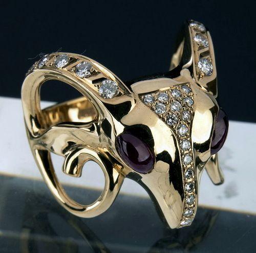 Totemic animal ring by Siberian/Buryat jeweller Dashi Namdakov